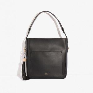 Černá kabelka se střapcem 30267