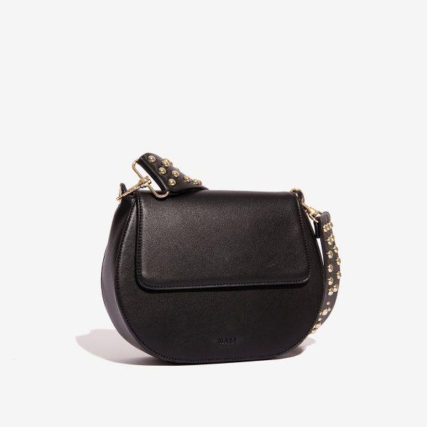 Černá kabelka se cvočky 30279