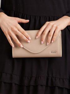 ROVICKY Elegantní krémové psaníčko W35 Velikost: univerzální