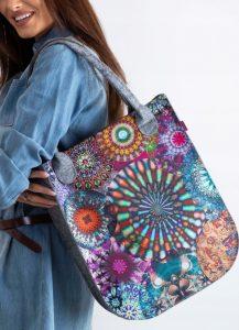 LORENTI Šedá taška s barevným vzorem 063 Velikost: univerzální