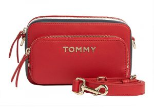 Tommy Hilfiger Dámská crossbody kabelka Th Corporate Camera Bag Barbados Cherry