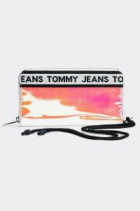 Tommy Hilfiger holografická peněženka TJW Logo Tape LRG Za Wallet PU