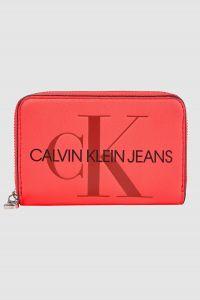 Calvin Klein neonově růžová peněženka Accordion Zip Around Fluo Pink
