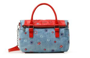 Desigual modrá kabelka Bols July Denim Loverty