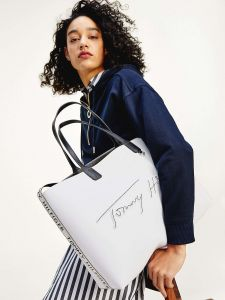 Tommy Hilfiger bílá kabelka Iconic Tommy Tote Signature Bright White