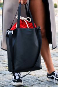 Xiss černá kabelka Simply Black/Red